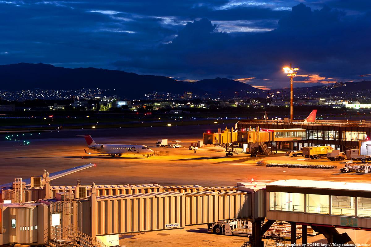 伊丹 空港 夜景