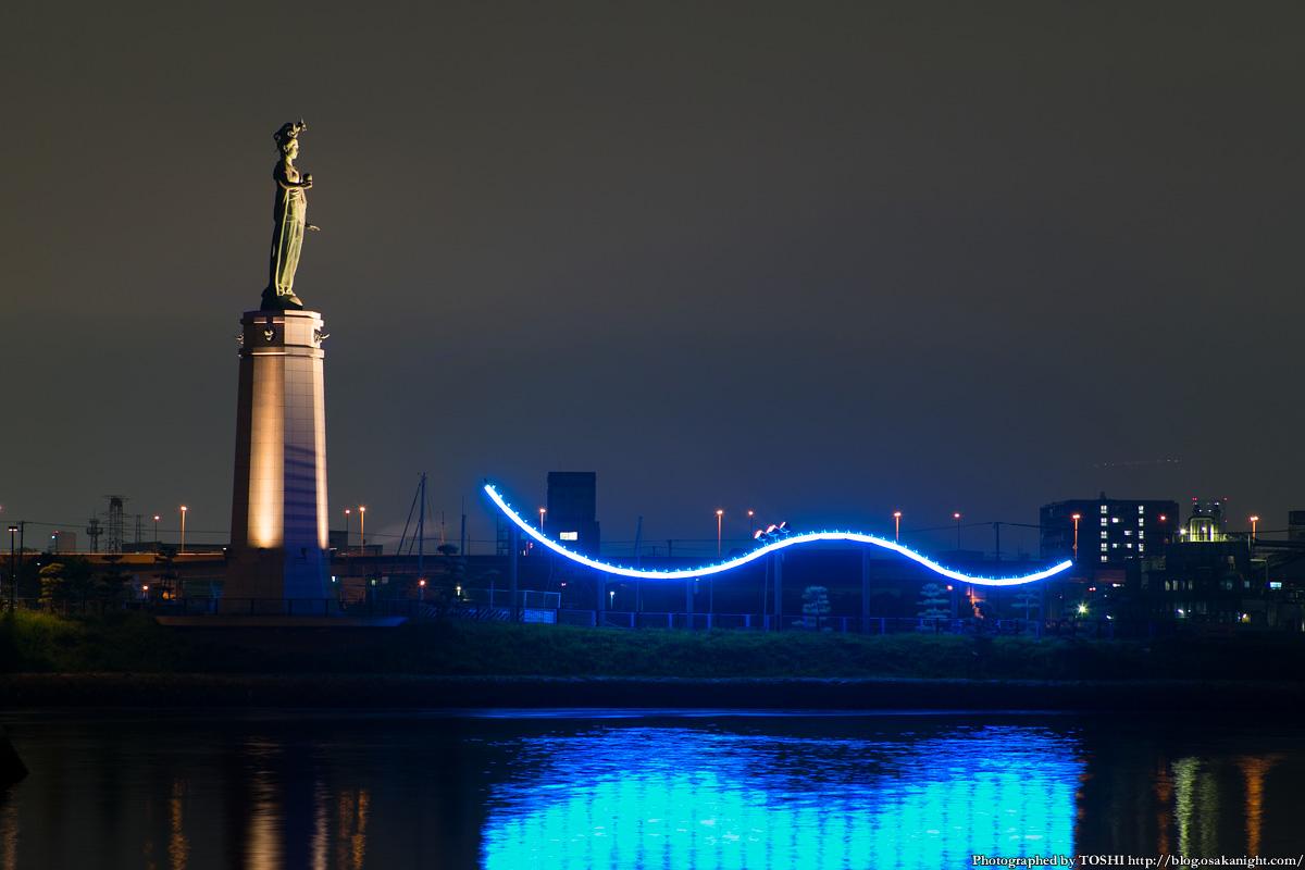 堺旧港の夜景 マリーナ&龍女神像
