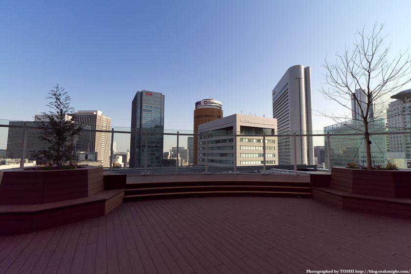 サウスゲートビル 太陽の広場 01