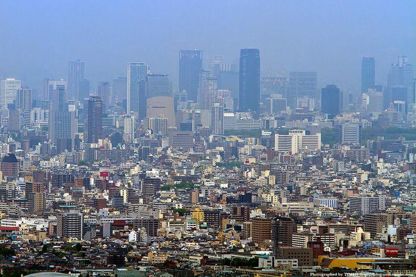 水呑地蔵から見た大阪の高層ビル群 02(中之島〜北浜)