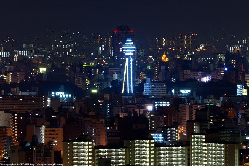 真夜中の大阪(通天閣)