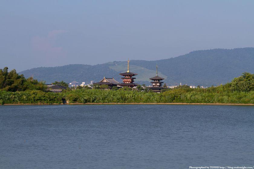 奈良 薬師寺と大池 01