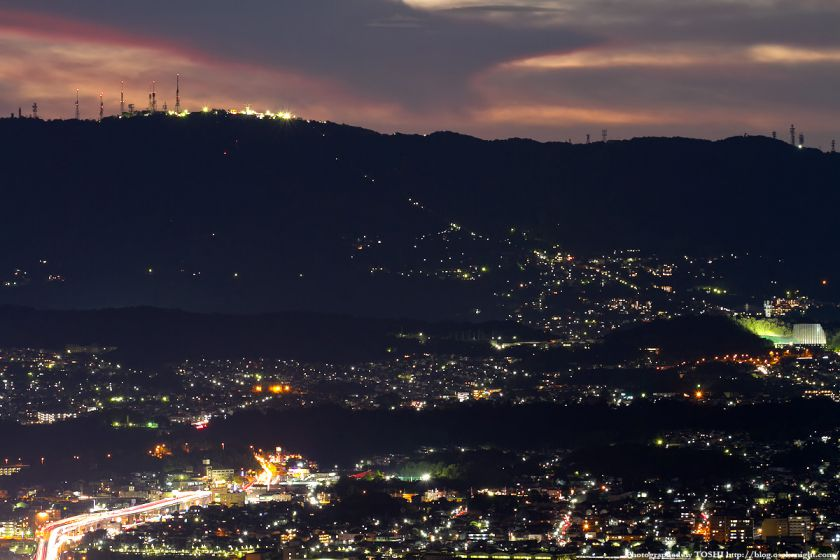 若草山から生駒市方面の夕景