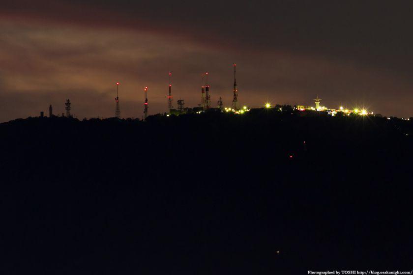 生駒山上遊園地と電波塔 夕景