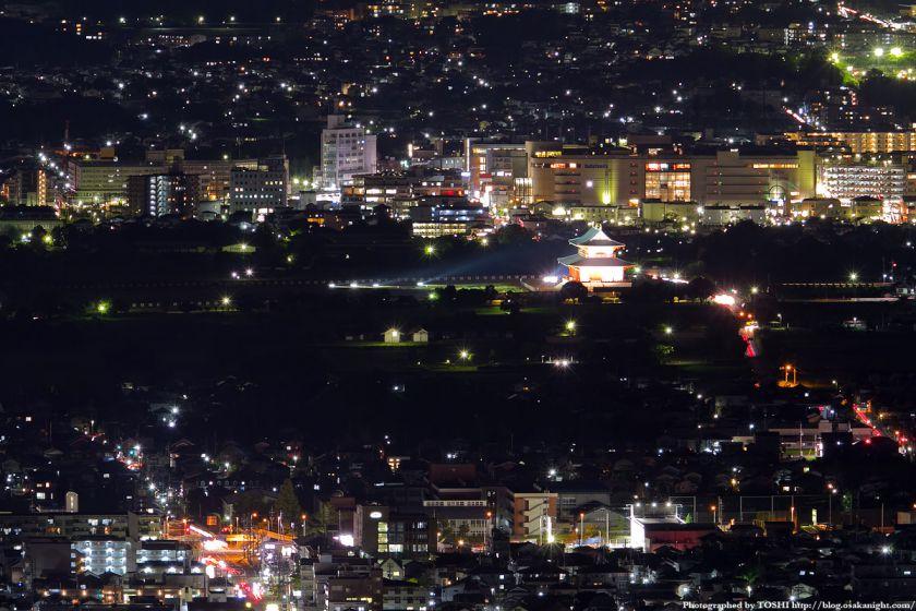 若草山から見た西大寺駅と大極殿の夜景