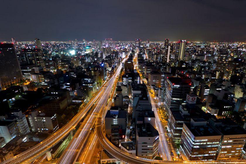 阪神高速 1号環状線と難波方面の夜景