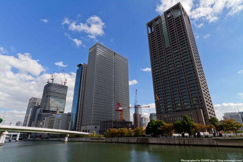 中之島の超高層ビル群 2011年10月