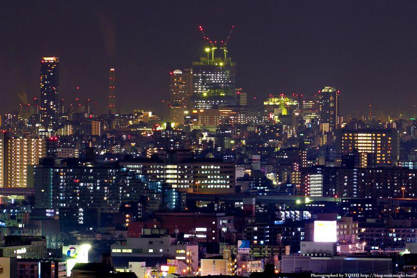 大阪の高層ビル群 夜景 2011 04