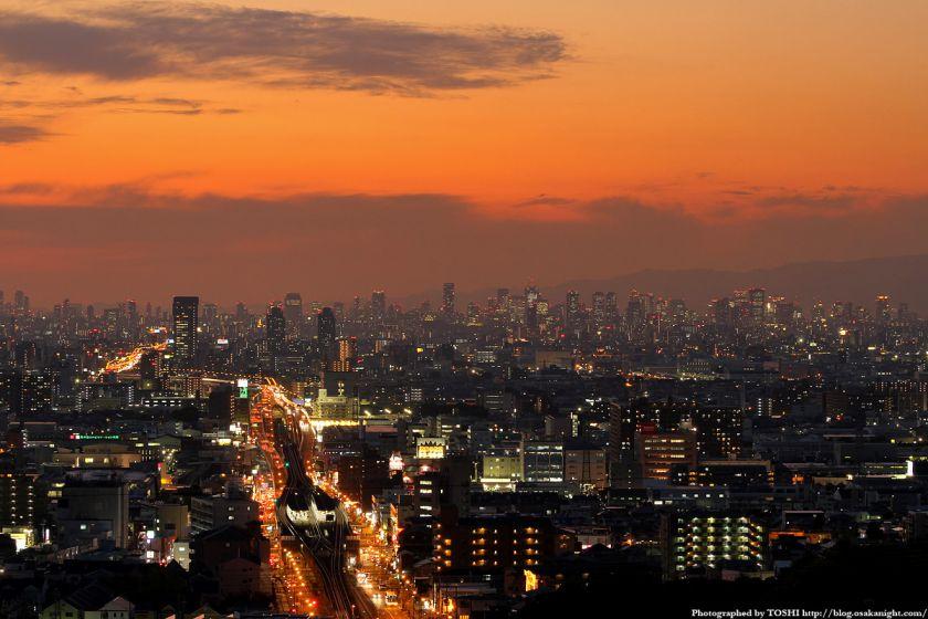 夜景動画 大阪の摩天楼 夕景 微速度撮影
