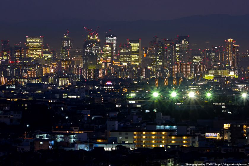 箕面スカイアリーナから見た大阪の高層ビル群 夜景 3