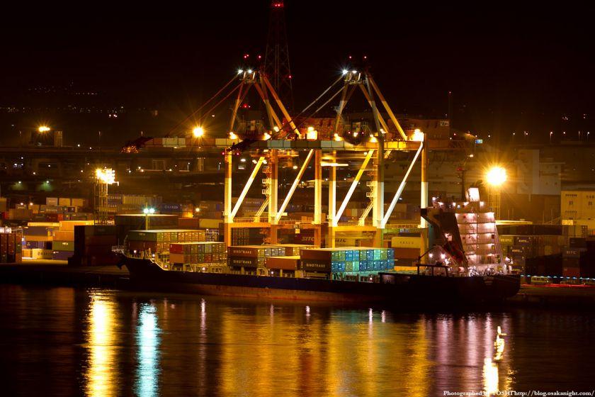 なみはや大橋から見た南港咲洲コンテナターミナル 夜景 2012年3月