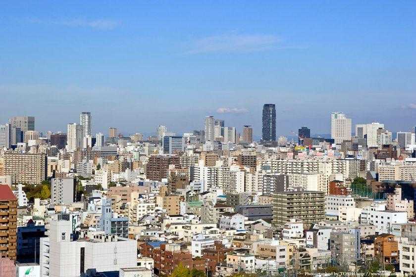 大阪市交通局庁舎から都心方面