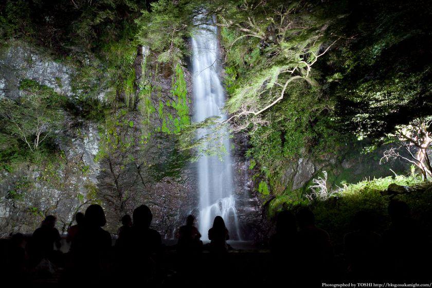 箕面大滝ライトアップ 2012年8月 02