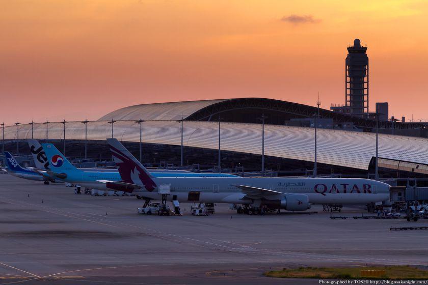 カタール航空 at 関西国際空港 2012年9月