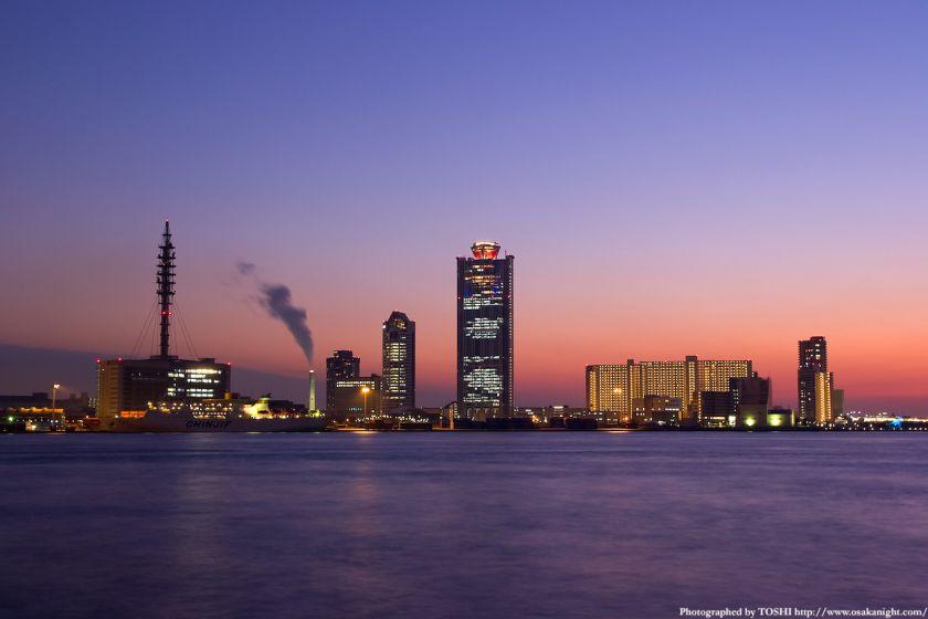 大阪南港コスモスクエアの夕景