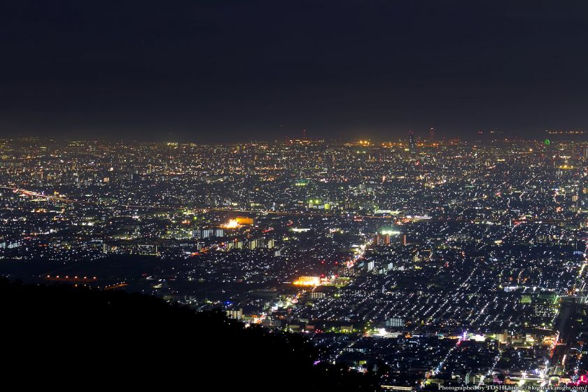 生駒山 なるかわ園地 ぼくらの広場 夜景 04