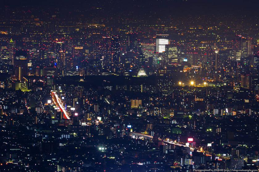 生駒山 なるかわ園地 ぼくらの広場 夜景 (大阪都心方面)