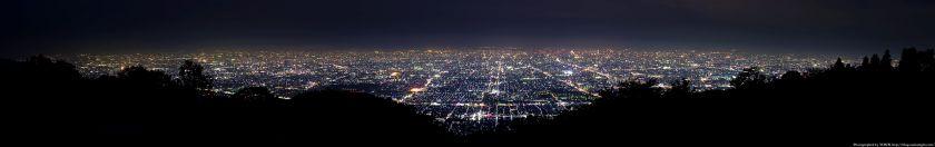 生駒山 なるかわ園地から見た大阪の夜景パノラマ