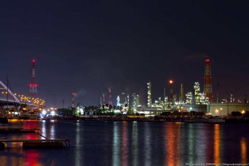 石津漁港から見た堺泉北臨海工業地帯 夜景 01