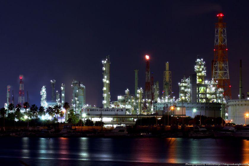 石津漁港から見た堺泉北臨海工業地帯 夜景 02