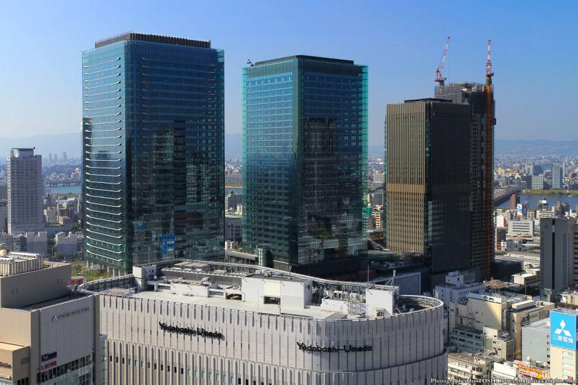 グランフロント大阪 全景 2012年10月 01