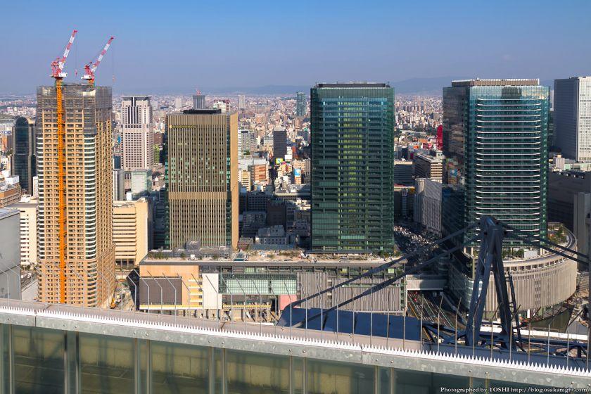 梅田スカイビルから見たグランフロント大阪 2012年10月