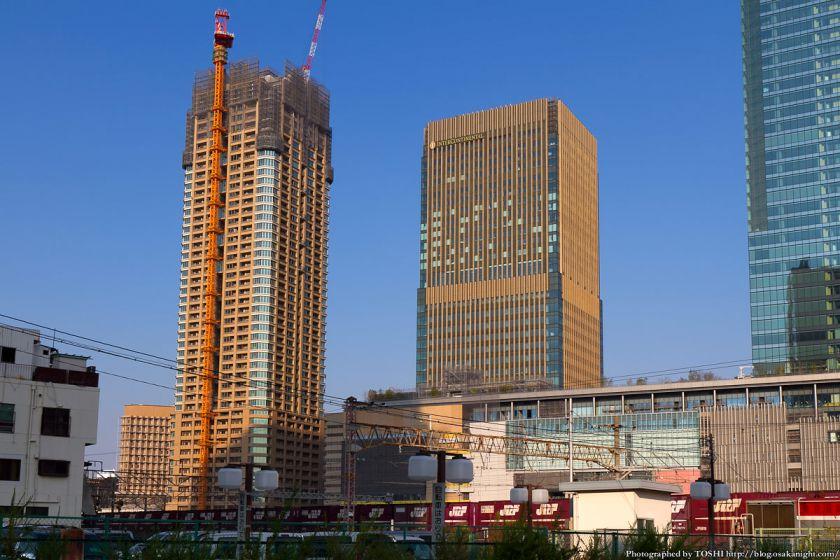 グランフロント大阪オーナーズタワーとインターコンチネンタルホテル大阪 2012年10月