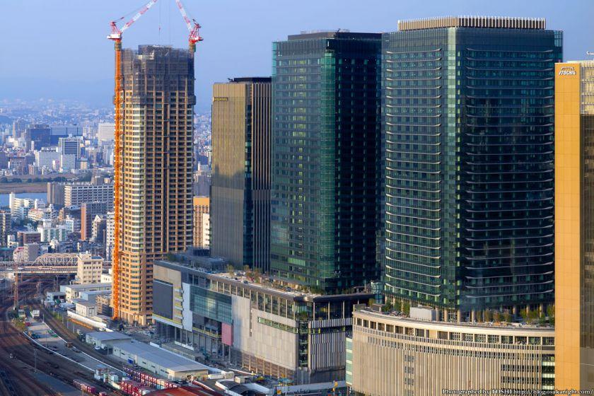 グランフロント大阪 全景 2012年10月 04
