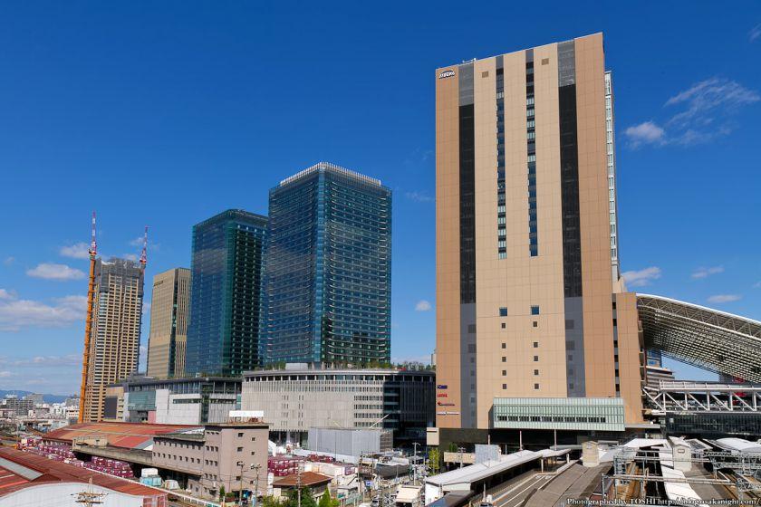 グランフロント大阪とノースゲートビルディング 2012年10月