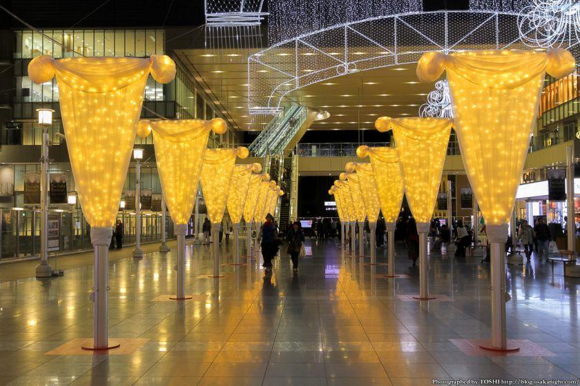 大阪駅 時空の広場 イルミネーション 2012 05