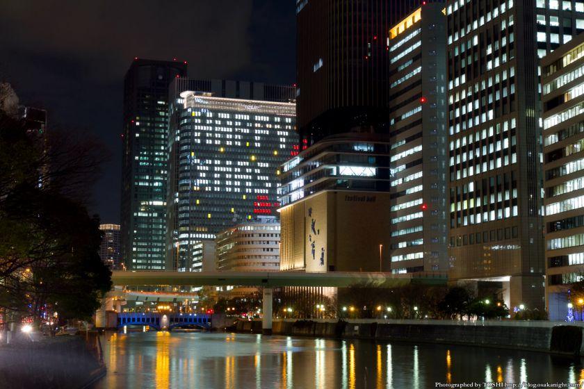 中之島三井ビル クリスマスウィンドウアート Osaka Buillumination 2012 02