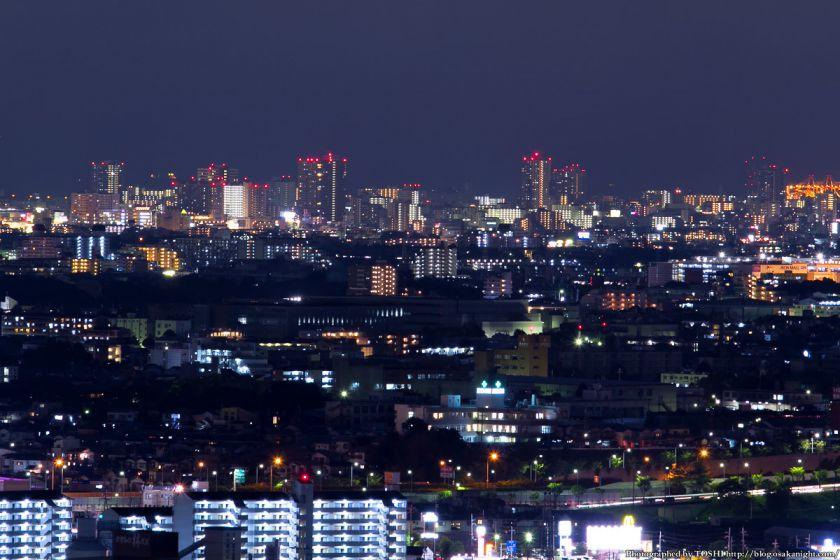 西宮市の高層マンション群 夜景 2012年8月