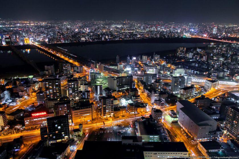 梅田スカイビル 夜景 2013 05