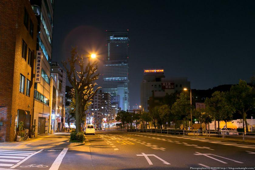 谷町筋とあべのハルカス 夜景
