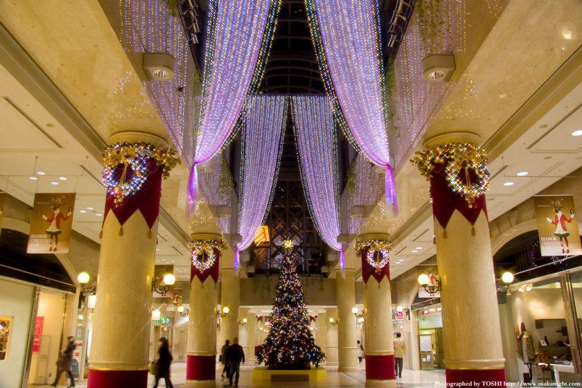 ディアモール大阪のクリスマスツリー01