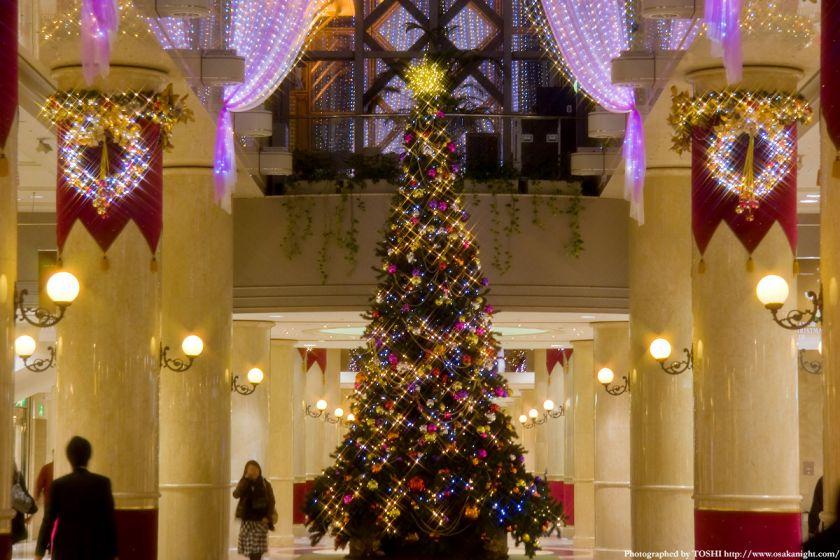 ディアモール大阪のクリスマスツリー02