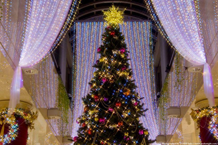 ディアモール大阪のクリスマスツリー03