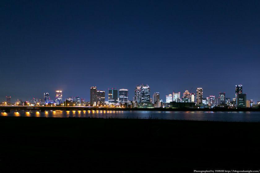 淀川河川公園の夜景 2013 10