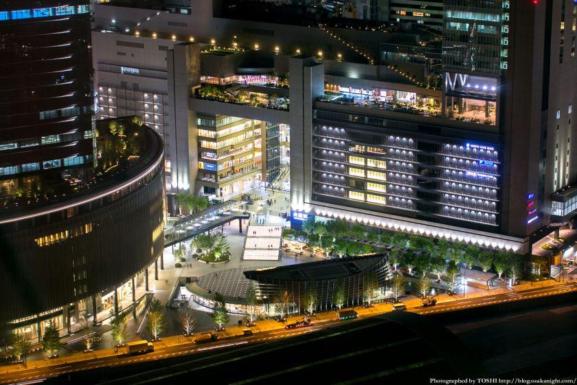 梅田スカイビルから見る「うめきた広場」 夜景 01