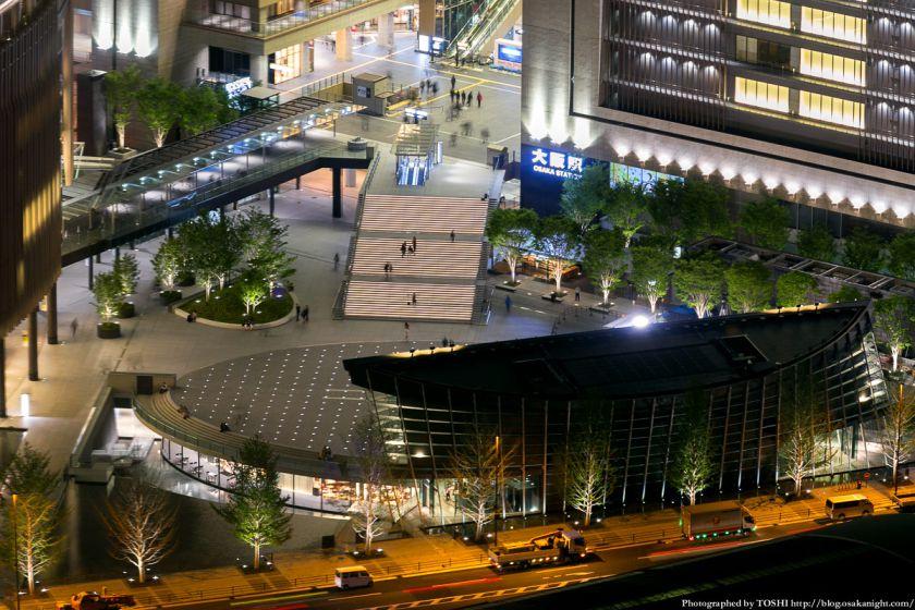 梅田スカイビルから見る「うめきた広場」 夜景 02