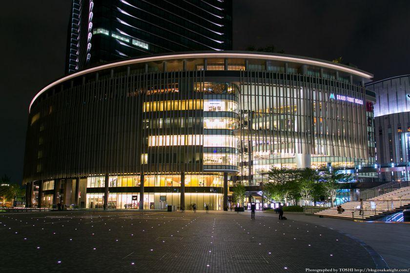 グランフロント大阪 うめきた広場 夜景 05 (ショップ&レストラン)