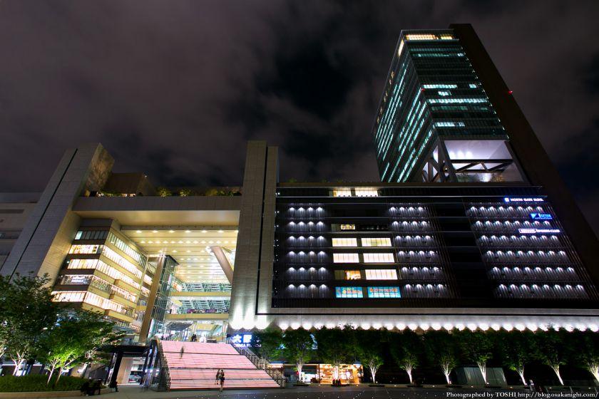 グランフロント大阪 うめきた広場 夜景 10 (JR大阪駅 ノースゲートビル)