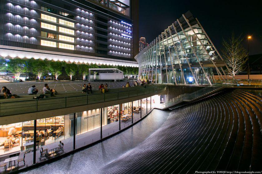グランフロント大阪 うめきたセラー  夜景 01