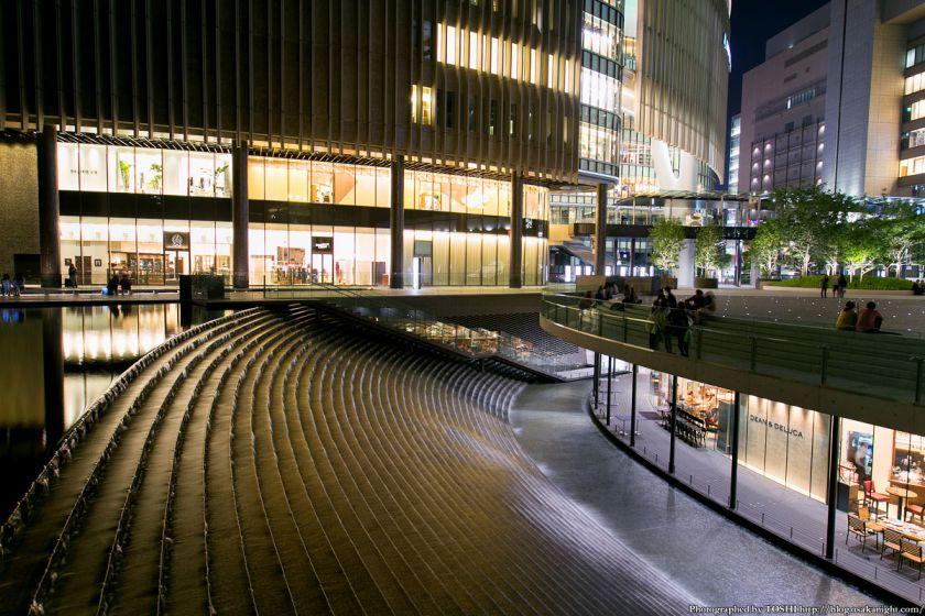 グランフロント大阪 うめきたセラー  夜景 02