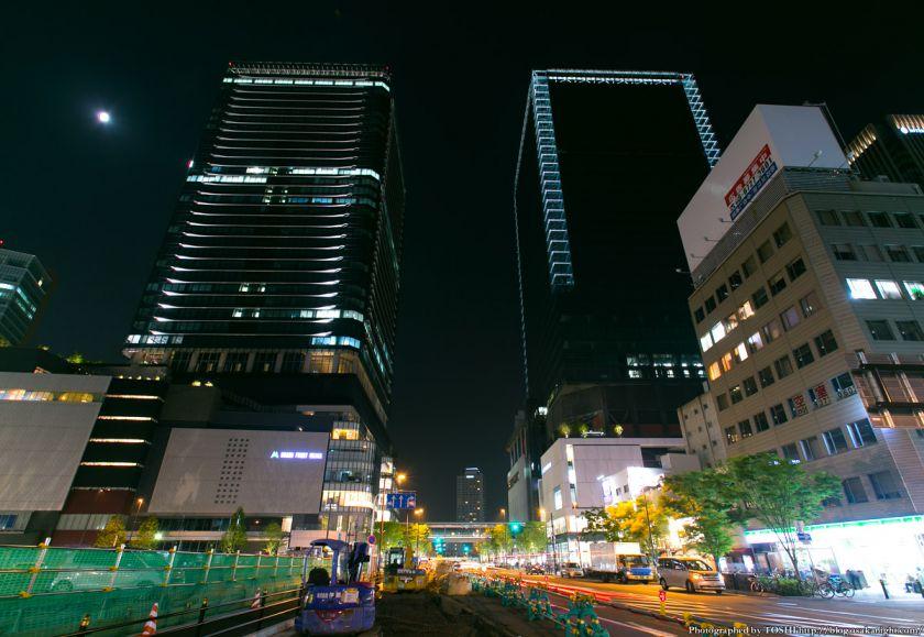 グランフロント大阪 タワーA&タワーB 夜景