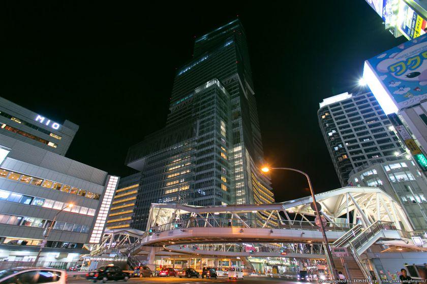 あべのハルカスと阿倍野歩道橋 夜景 01