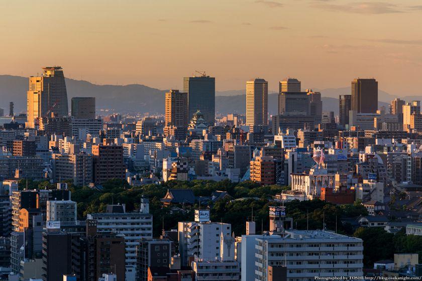 大阪城&OBP方面の夕景 from 通天閣 2013年6月