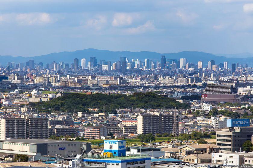 はびきの中央霊園からの眺め 大阪市中心部の高層ビル群 2013年9月
