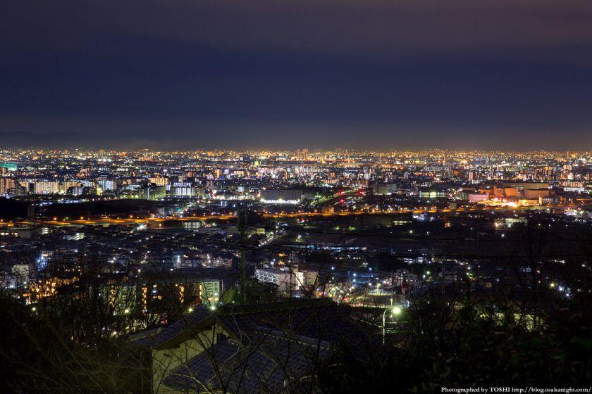 高槻大和ネオポリスから見る大阪の夜景