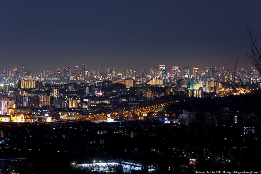 高槻大和ネオポリスから見る大阪の高層ビル群 夜景